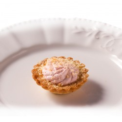 Mini Pie - Mini Strawberry Mousse Pie