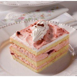 Petit Four - Cake - Strawberry Dessert